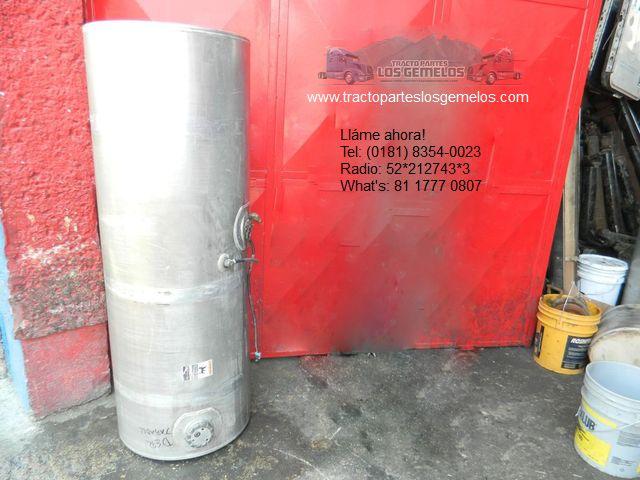 Tanque de Diesel Kenworth T300