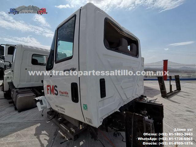 Cabina International 4300 2010